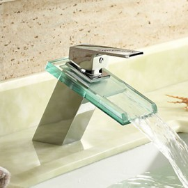 Centerset Single Handle One Hole in Chrome Bathroom Sink Tap